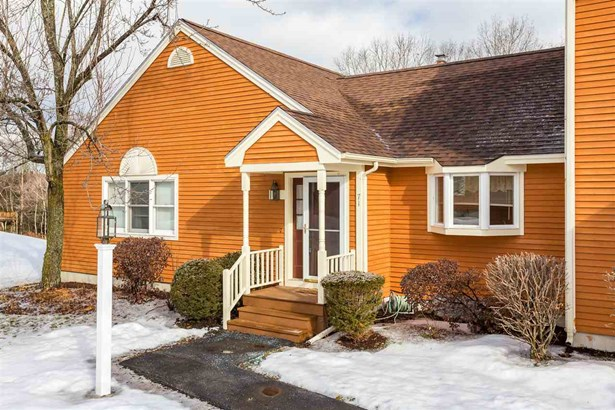 End Unit,Ranch,Townhouse,Walkout Lower Level, Condo - Dover, NH (photo 2)