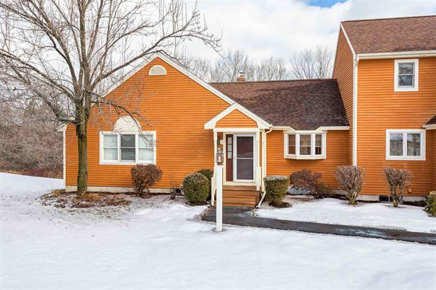 End Unit,Ranch,Townhouse,Walkout Lower Level, Condo - Dover, NH (photo 3)