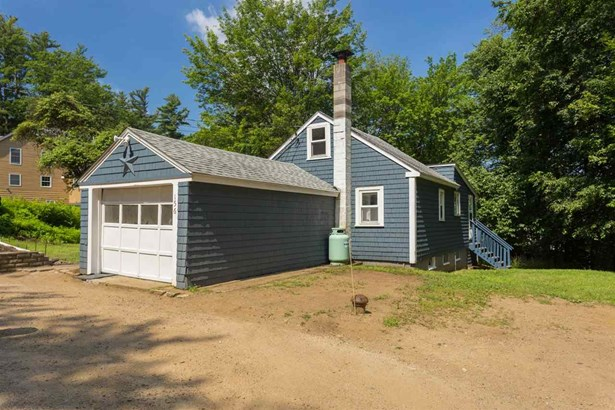 Cottage/Camp,Ranch, Single Family - Barrington, NH (photo 3)