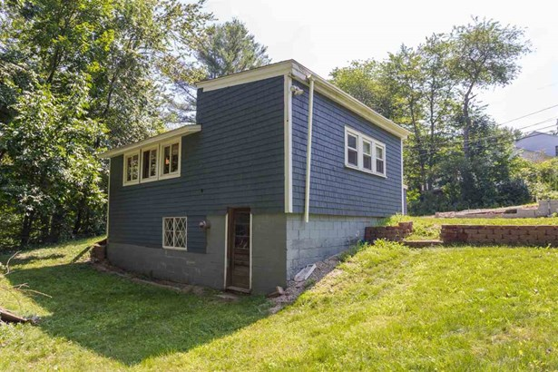 Cottage/Camp,Ranch, Single Family - Barrington, NH (photo 5)