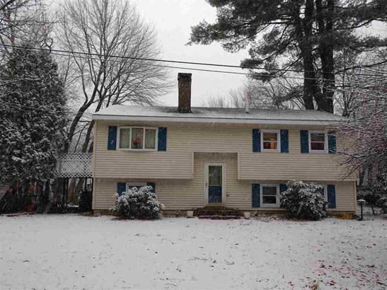 Raised Ranch, Single Family - Manchester, NH (photo 1)
