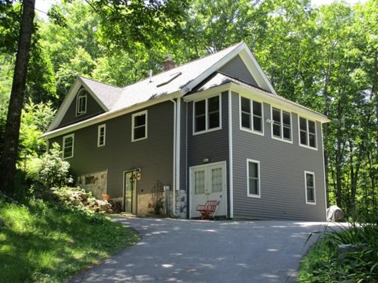 Contemporary, Single Family - Barrington, NH (photo 1)