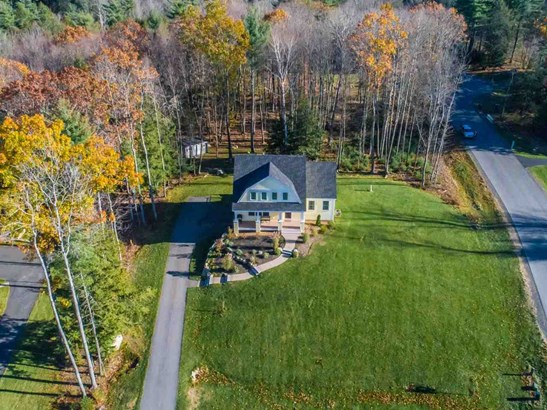 Bungalow, Single Family - Greenland, NH (photo 3)