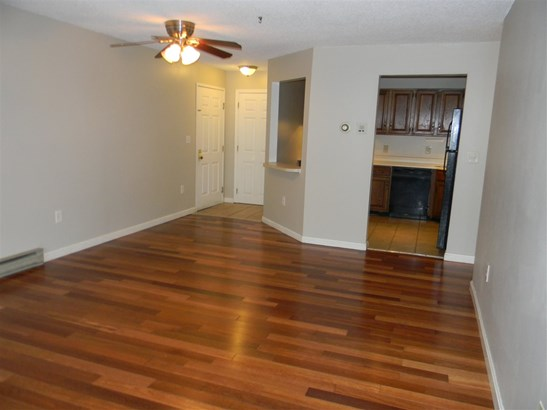 Condo, Apartment Building,End Unit - Merrimack, NH (photo 3)