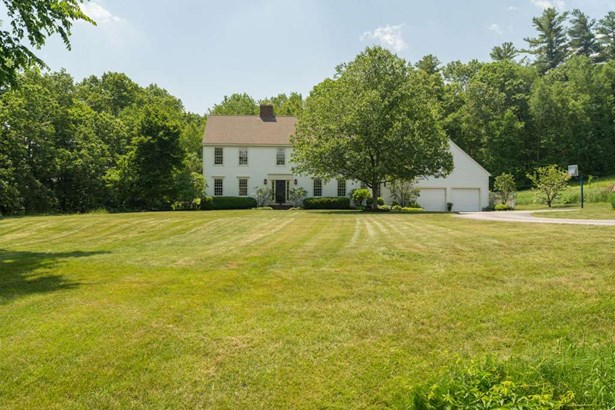 Colonial, Single Family - Lee, NH (photo 2)