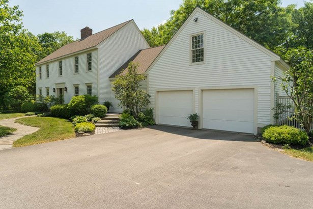 Colonial, Single Family - Lee, NH (photo 3)