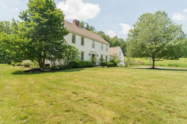 Colonial, Single Family - Lee, NH (photo 5)