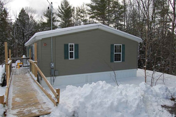Single Family, Manuf/Mobile,Ranch - Weare, NH (photo 2)