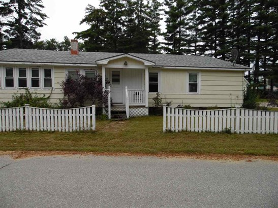 Ranch, Single Family - Tilton, NH (photo 2)