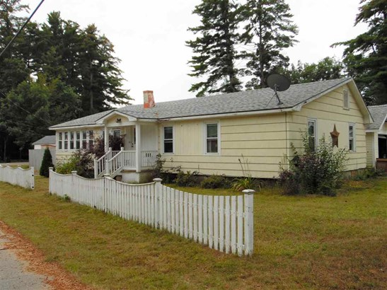 Ranch, Single Family - Tilton, NH (photo 4)