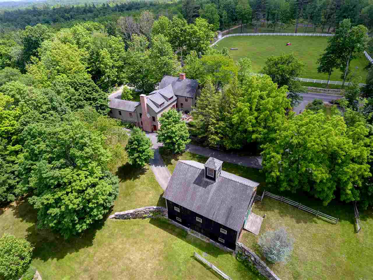 Antique,Colonial, Single Family - Amherst, NH (photo 3)
