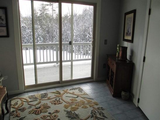 Cape, Single Family - Mont Vernon, NH (photo 3)