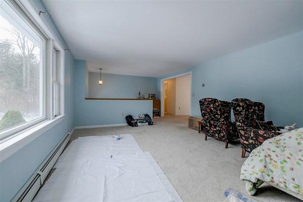 Split Entry, Single Family - Peterborough, NH (photo 5)