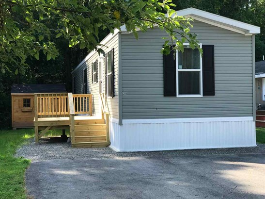 Mobile Home, Manuf/Mobile - Exeter, NH (photo 1)