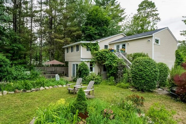 Colonial,Contemporary, Single Family - Wolfeboro, NH (photo 2)