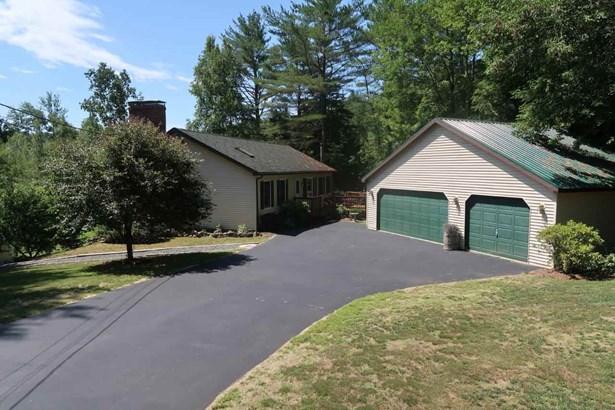 Multi-Level,Ranch,Walkout Lower Level, Single Family - Campton, NH