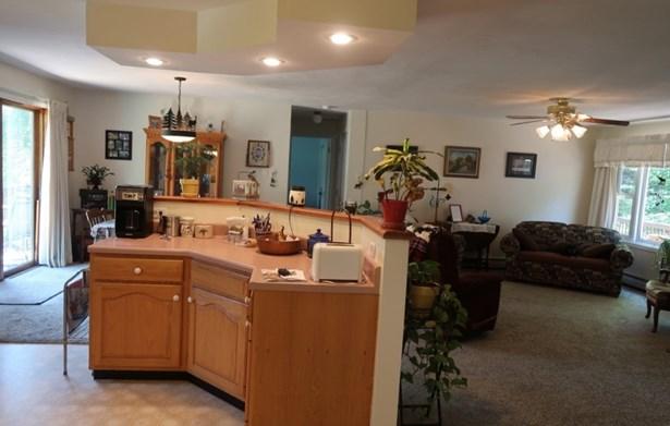 Multi-Level,Ranch,Walkout Lower Level, Single Family - Campton, NH (photo 5)