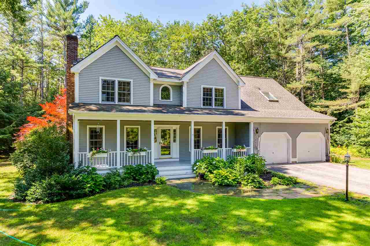 Colonial, Single Family - Rollinsford, NH (photo 4)