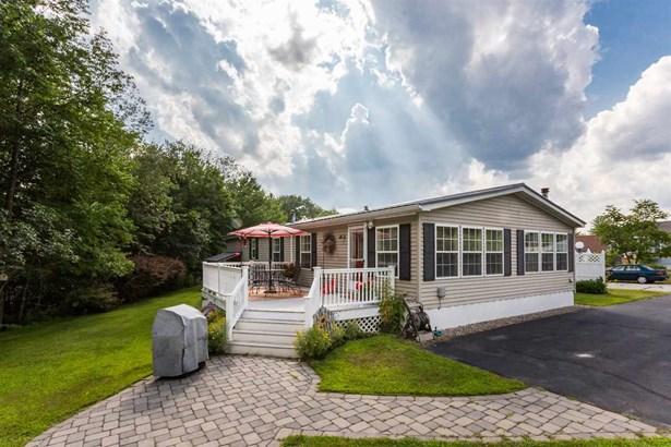 Mobile Home, Double Wide,Manuf/Mobile - Farmington, NH (photo 2)