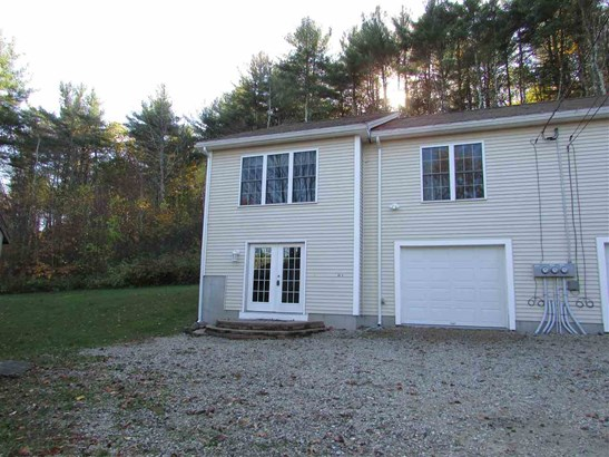 Condo, End Unit,Townhouse,Walkout Lower Level - Rochester, NH (photo 1)