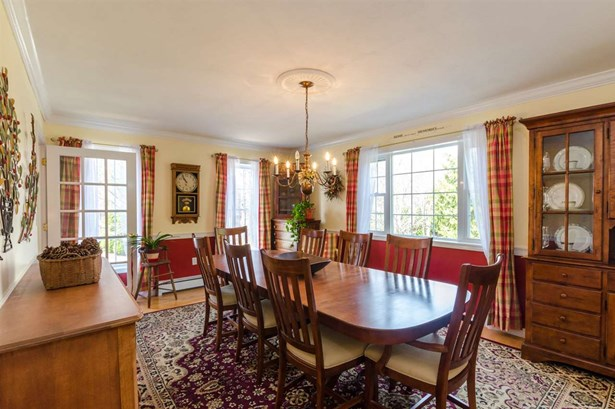 Colonial, Single Family - Seabrook, NH (photo 2)