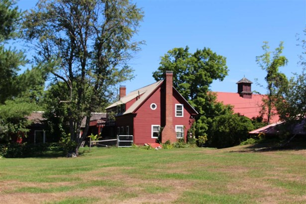 Antique,Farmhouse,Historic Vintage,New Englander,w/Addition - Single Family (photo 1)