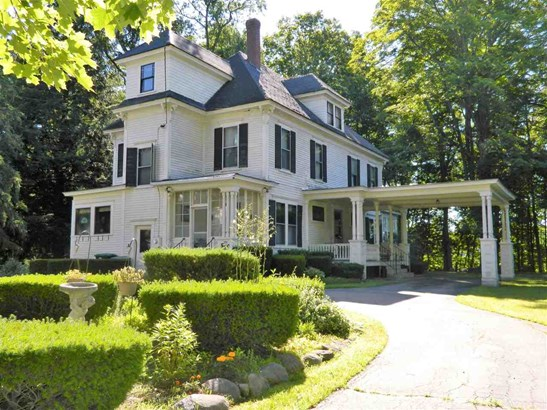 Antique,Victorian, Single Family - Franklin, NH