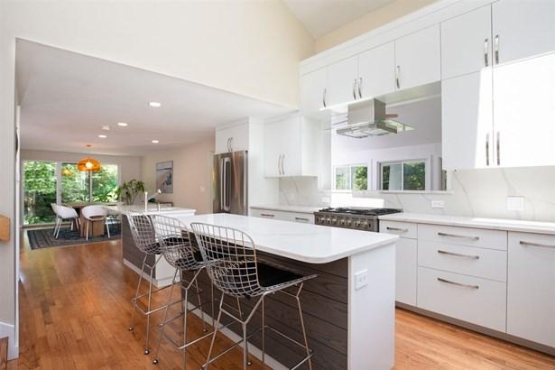 Modern Architecture, Single Family - Rye, NH (photo 1)