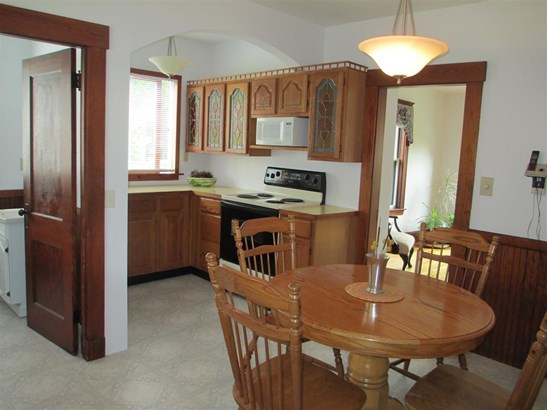 New Englander, Single Family - Milford, NH (photo 4)