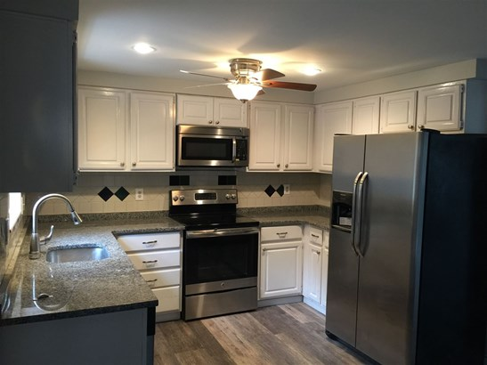 Contemporary, Single Family - Goffstown, NH (photo 3)