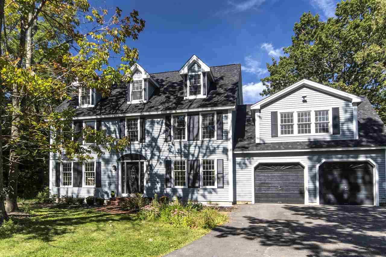 Colonial, Single Family - Portsmouth, NH (photo 1)