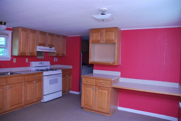Mobile Home, Manuf/Mobile,Ranch - Milford, NH (photo 3)