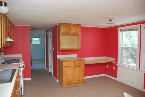 Mobile Home, Manuf/Mobile,Ranch - Milford, NH (photo 4)