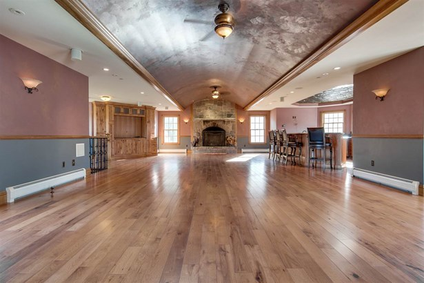 Single Family, Colonial,Contemporary,Walkout Lower Level - New Boston, NH (photo 3)