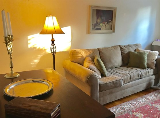Townhouse, Condo - Exeter, NH (photo 5)