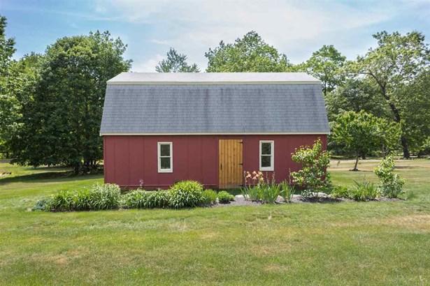 Ranch, Single Family - Dover, NH (photo 2)
