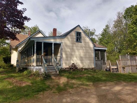 New Englander, Single Family - Tilton, NH (photo 3)