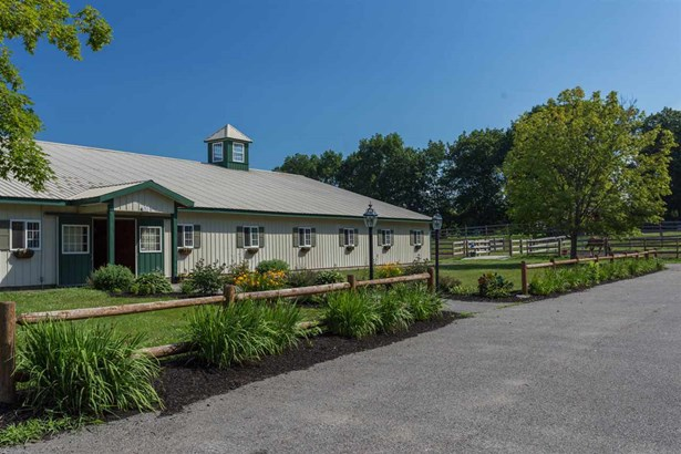 Colonial,Farmhouse, Single Family - Dover, NH (photo 4)