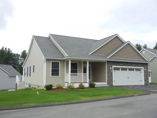 Detached,Freestanding,Ranch, Single Family - Amherst, NH (photo 2)