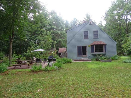 Cape, Single Family - Madbury, NH (photo 2)