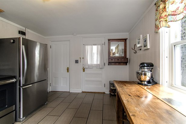 Bungalow,Cape, Single Family - Dover, NH (photo 5)
