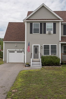 Colonial,Condex, Single Family - Rochester, NH (photo 1)