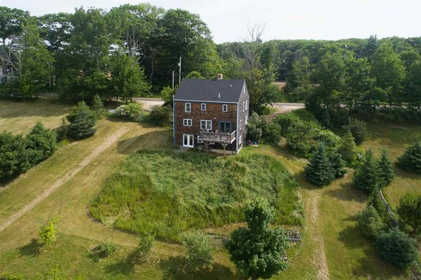 Colonial, Single Family - Eliot, ME (photo 4)