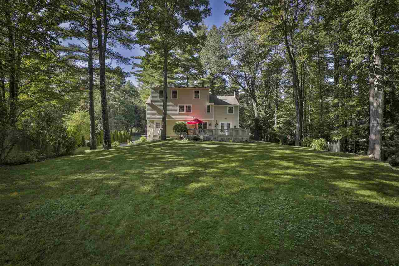 Colonial, Single Family - Amherst, NH (photo 4)