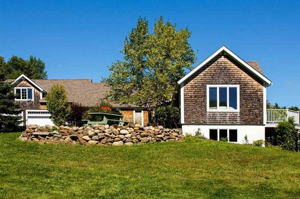 Cape,Contemporary, Single Family - Francestown, NH (photo 1)