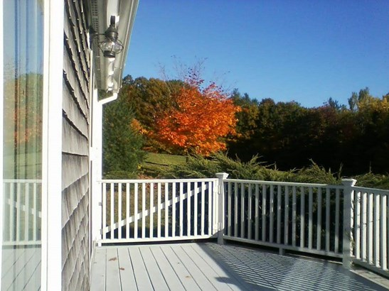 Cape,Contemporary, Single Family - Francestown, NH (photo 4)