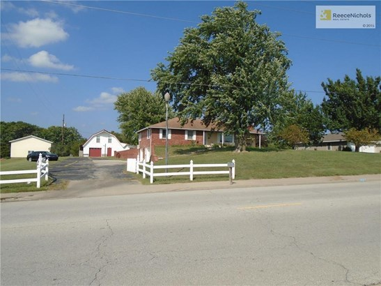 13448 Kansas Avenue, Bonner Springs, KS - USA (photo 1)