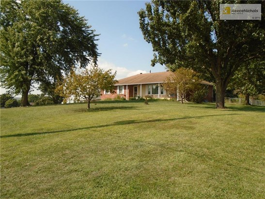 13448 Kansas Avenue, Bonner Springs, KS - USA (photo 4)