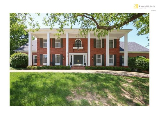 8640 Cedar Drive, Prairie Village, KS - USA (photo 2)
