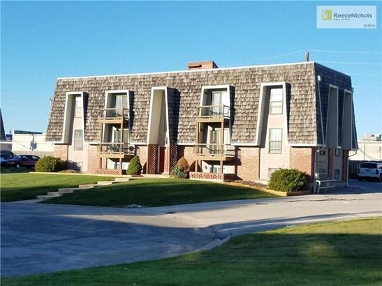 1315 Nw 6th Terrace, Blue Springs, MO - USA (photo 1)